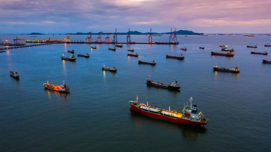 Maritime transport: toward new, more efficient fuels