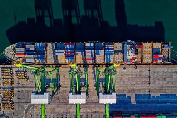 Sistemas de atraque en terminales GNL