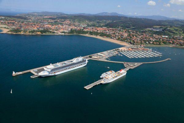 Terminal de cruceros del Puerto de Bilbao, en Getxo